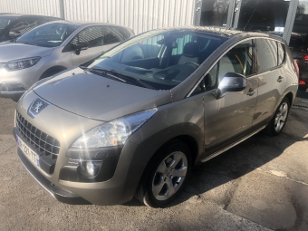 <strong>PEUGEOT 3008</strong><br/>2.0 HDi  150ch Premium Pack