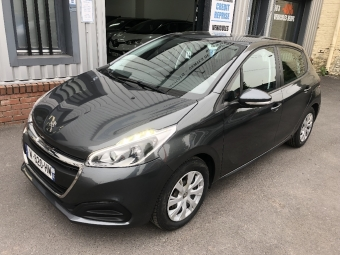 <strong>PEUGEOT 208</strong><br/>1.0 PureTech 68ch BVM5 Active