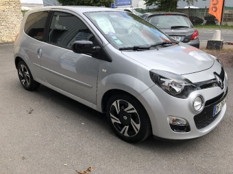 <strong>RENAULT TWINGO</strong><br/>II 1.2  16v 75 Intens