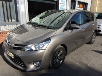 <strong>TOYOTA VERSO</strong><br/>112 D-4D 5pl FAP SkyView