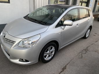 <strong>TOYOTA VERSO</strong><br/>126 D-4D 7 pl Executive