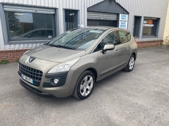 <strong>PEUGEOT 3008</strong><br/> 1.6 HDi 16V 110ch FAP Confort Pack